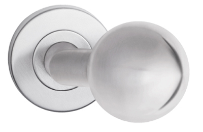 Durų rankena-burbulas patraukiamas, palenktas