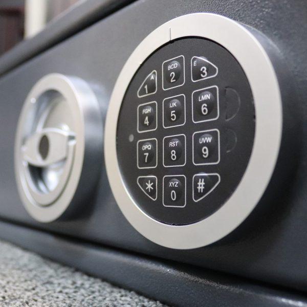 elektroninė spyna seifas stalcius ilgavamzdžiams